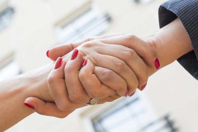 corporate responsibility latina entrepreneur first impressions