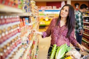 Latina Buying food at the supermarket