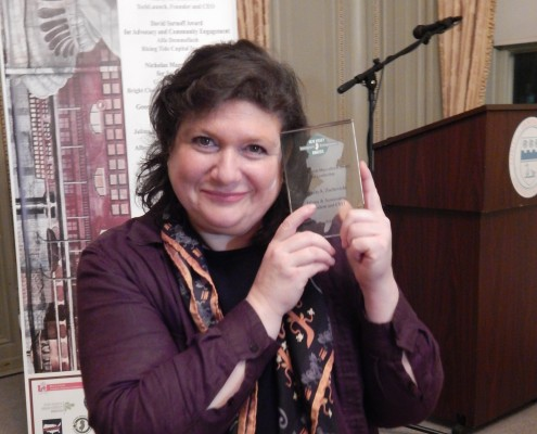 Marcela Zuchovicki, CEO Jalima and Associates receives George McCulloch Leadership Award.