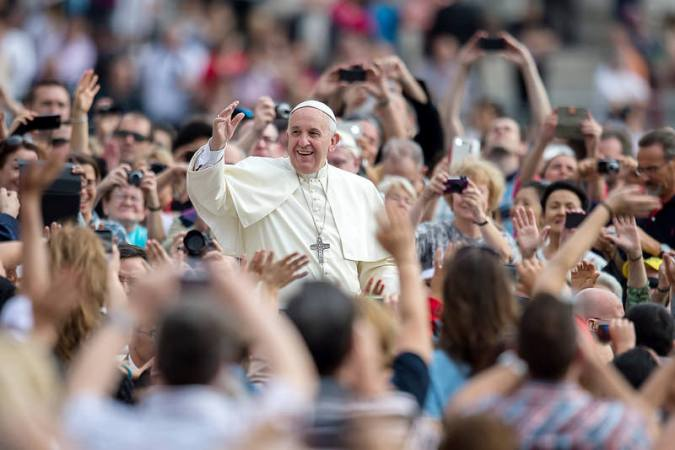 Pope-Francis-Catholic-Church-of-England-and-Wales-CC influencer