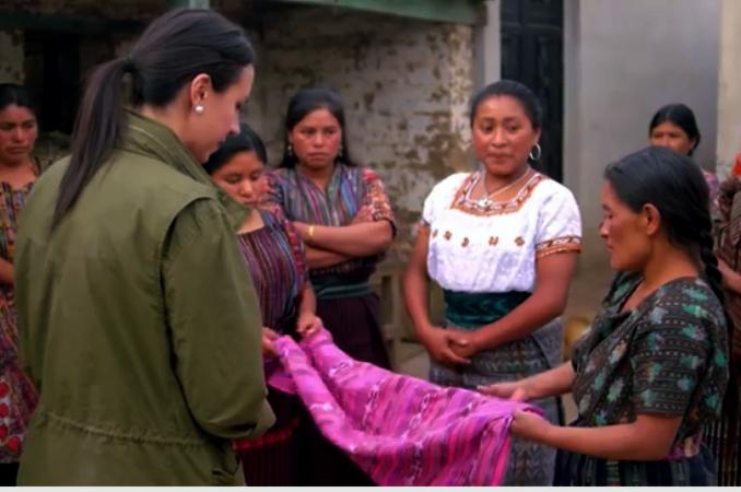 Guatemalan women weavers help Latina entrepreneur Francesca Kennedy with her designs